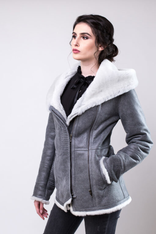 Haina de blana pentru femei gri cu alb tabita
