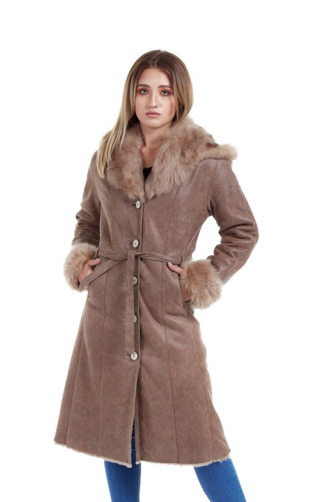 Haina de blana pentru femei cod 20 bej 4 , haine de blana naturala